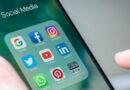 Pakistan temporarily blocks all social media sites